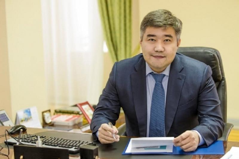 Дархан Калетаев  назвал переименование аэропорта в честь Назарбаева системным решением