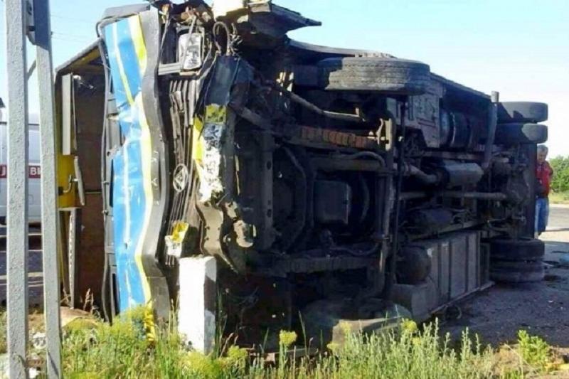 Девять граждан Узбекистана погибли при ДТП в Казахстане