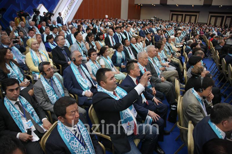 Президент пригласил талантливых зарубежных казахов на работу в Казахстан