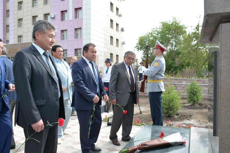 Ақмола облысында қаза тапқан полицейлерге монумент ашылды