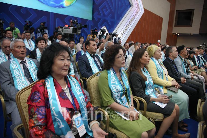 Преподающая в итальянском университете казашка выступила перед Нурсултаном Назарбаевым