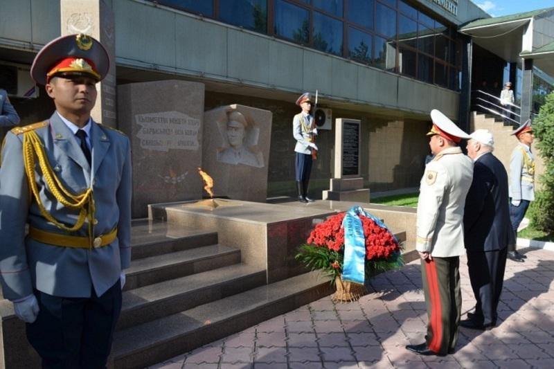 Алматы облысының полицейлері мəңгілік алау жақты