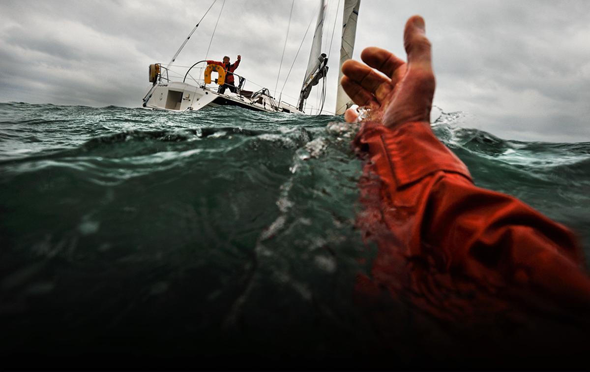 3 тәулік бойы Каспий теңізінде қалып құтқарылған жігіт өзі туралы айтты