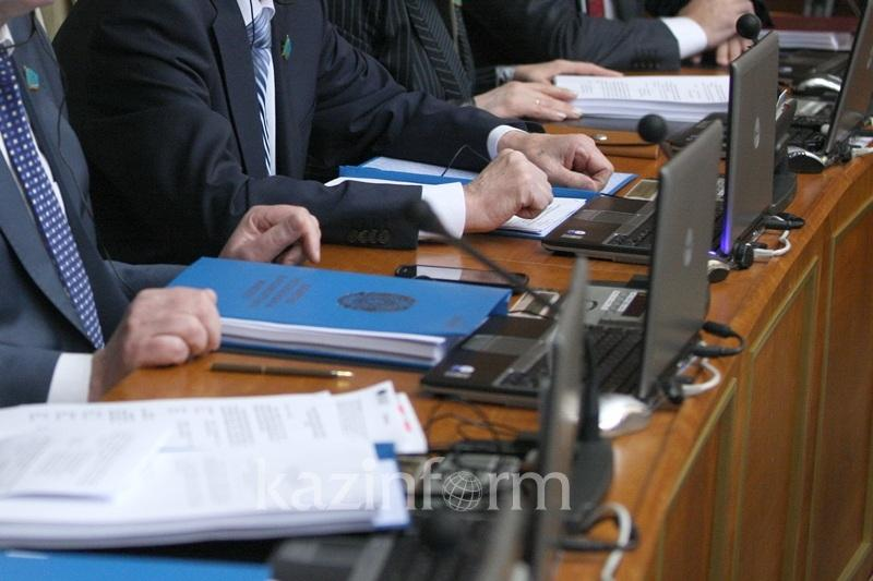 Первое июля будет рабочим днем в Казахстане