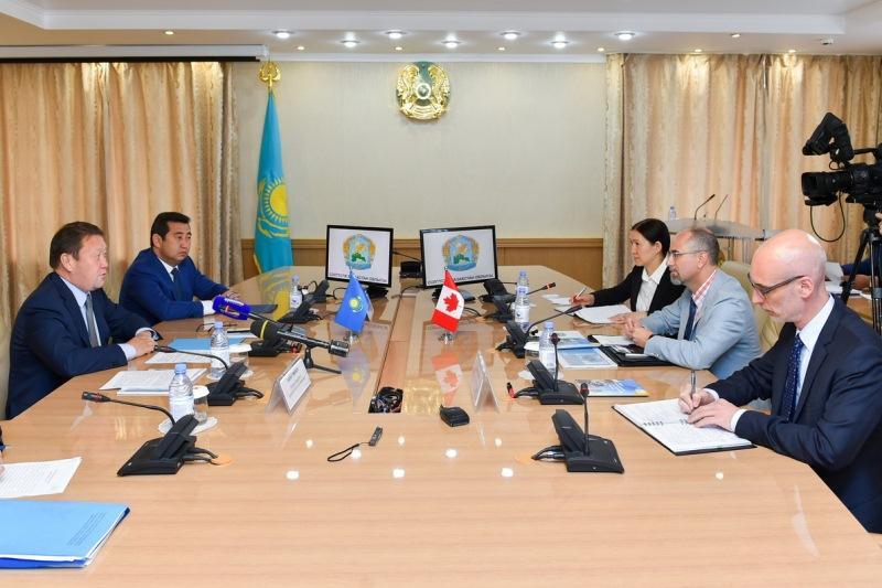 Canadian ambassador visits N Kazakhstan