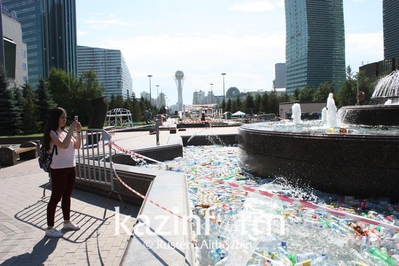 Астаналықтар заманауи өнер инсталляциясын қоқыс деп атады