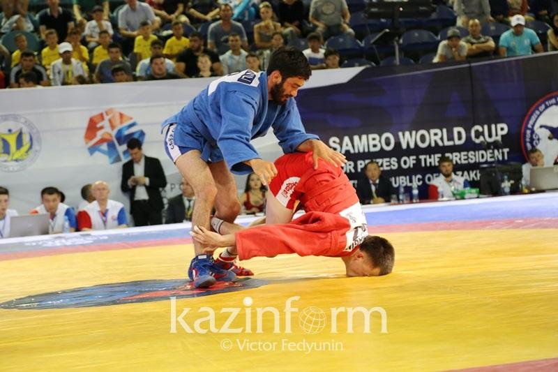 Сильнейшими в мире назвали казахстанских самбистов