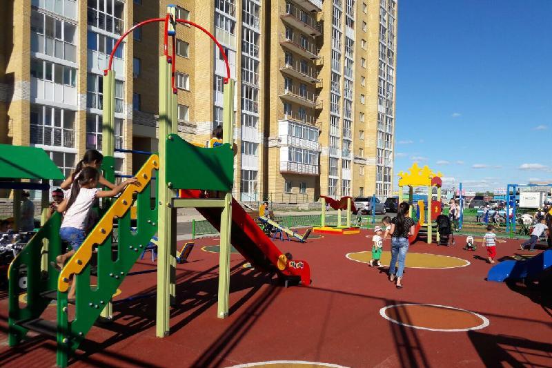 Многоэтажные дома капитально ремонтируют в Атырау