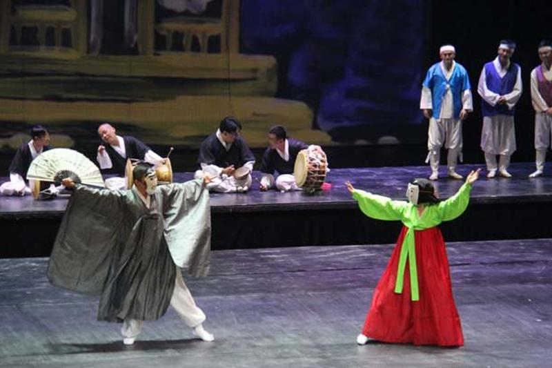 В «Астана Балете» прошел спектакль корейского театра