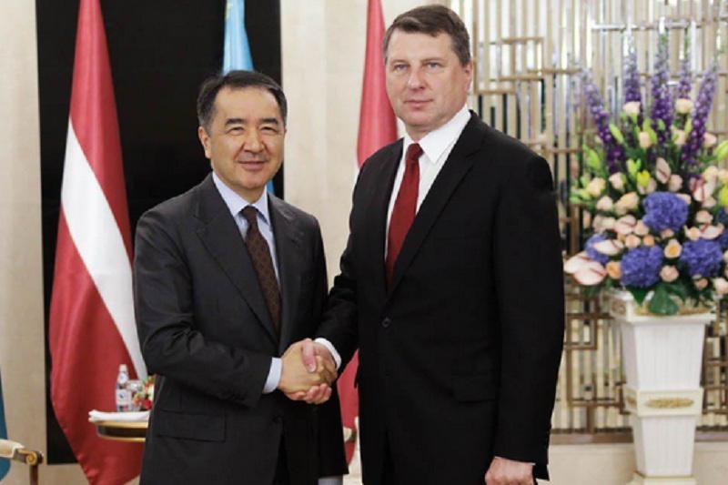 Бақытжан Сағынтаев Латвия Президентімен кездесті