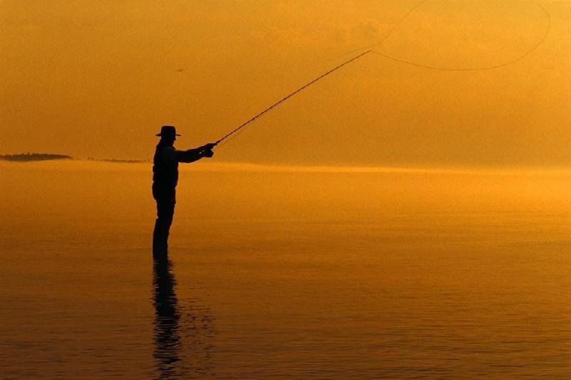 Проведшего в море трое суток рыбака спасли в Атырауской области