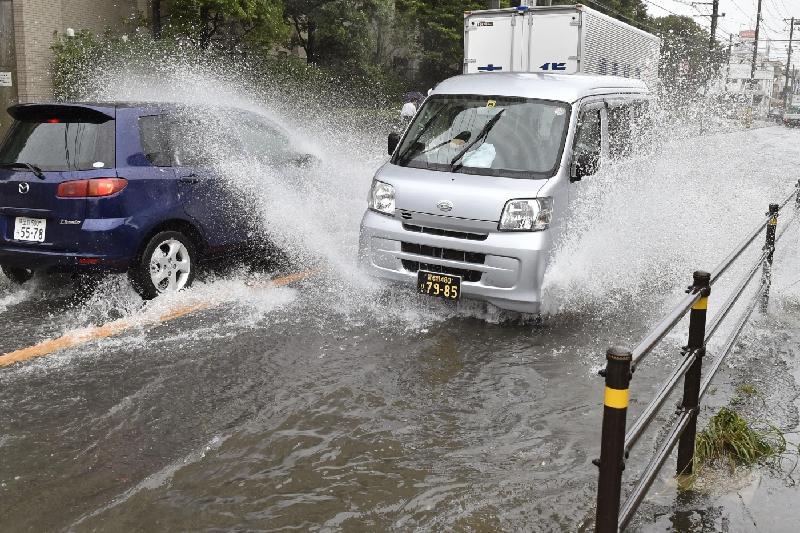 Жапонияда толассыз жауыннан бүтін бір қала эвакуацияланды