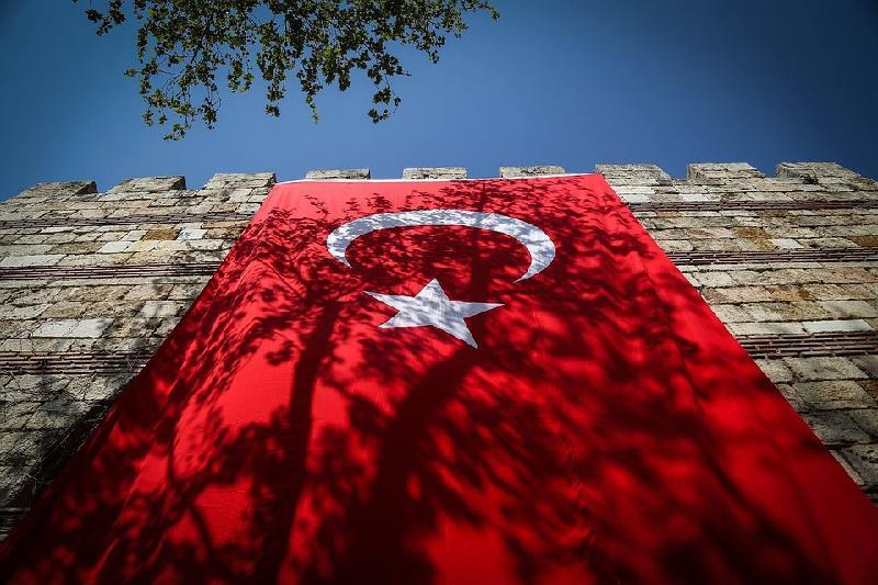 Почти двум тысячам казахстанцев запрещен въезд в Турцию