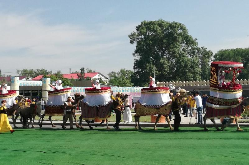 Караван Жамбылской области из 25 верблюдов прибудет в Астану этой ночью