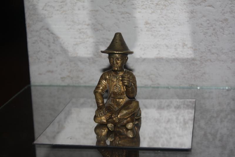 Таразская танцовщица и сидящий Будда – в коллекции привезенных караваном древностей