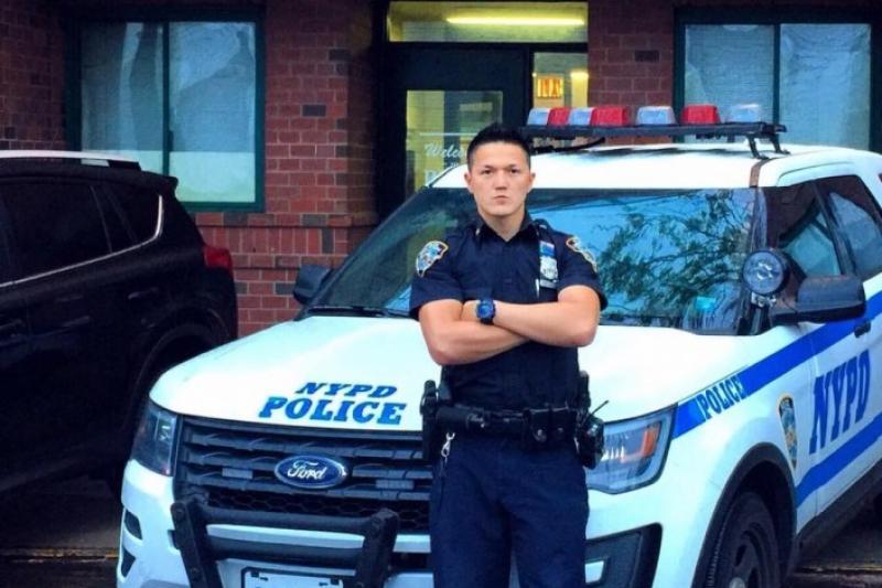 نيۋ-يورك پوليتسەيى ديماش نيازوۆ قاراعاندى پوليتسيا اكادەمياسىندا ءدارىس وقيدى