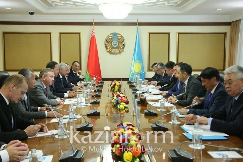 Президент Казахстана совершит визит в Минск