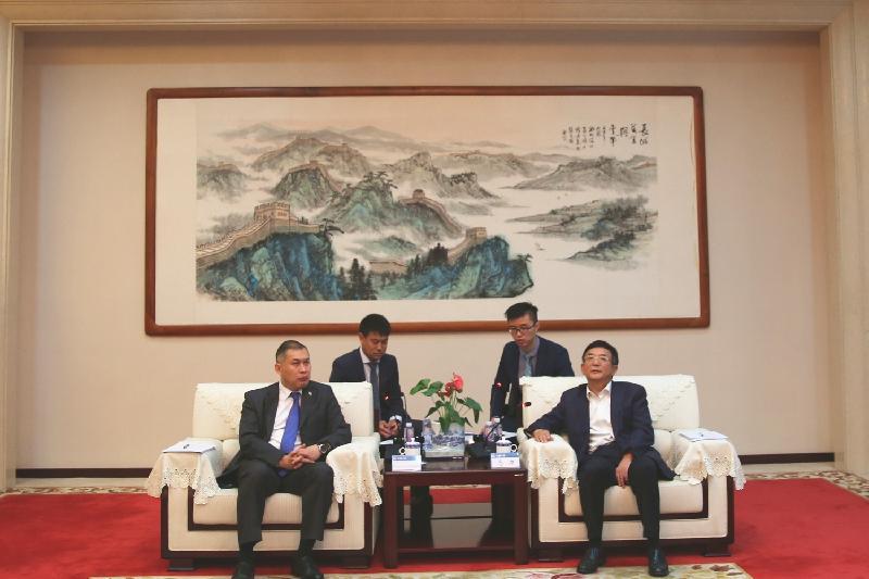 Китай заинтересован в строительстве в Казахстане городского подземного и наземного рельсового транспорта