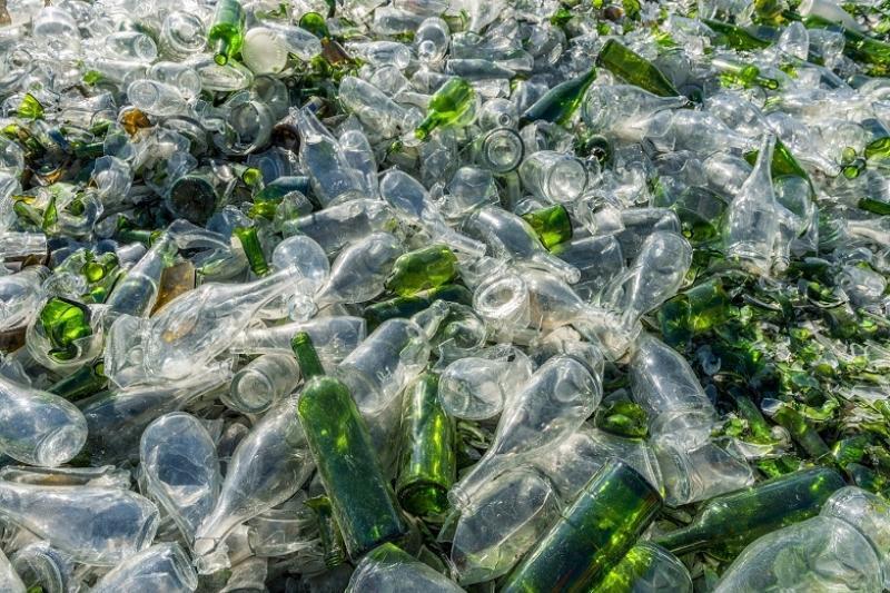 На мусорках Казахстана валяется стеклоотходов на 4 млрд тенге