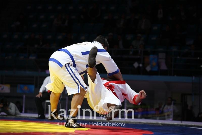 Еще один казахстанец вышел в полуфинал чемпионата мира по казакша курес