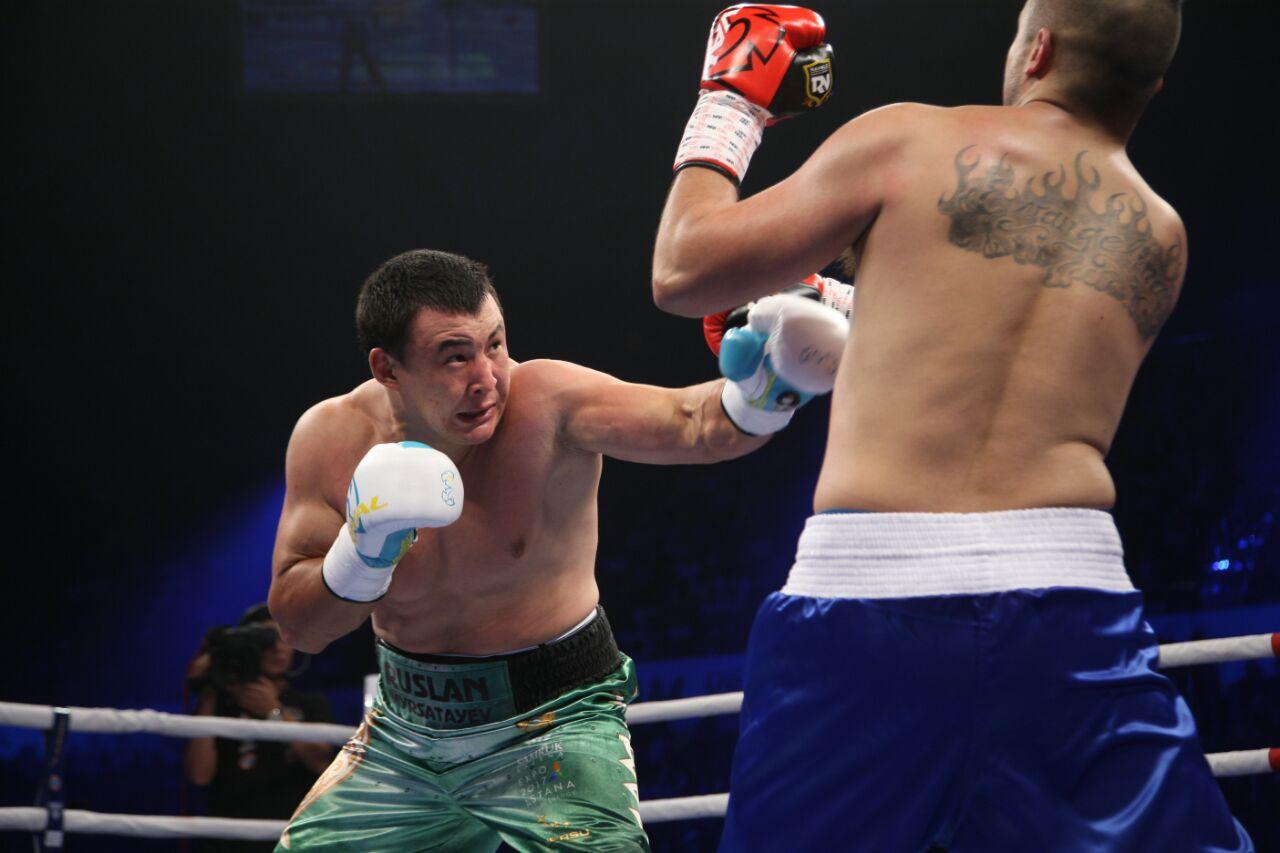 Казахстанские профессионалы одержали шестую победу подряд на вечере бокса