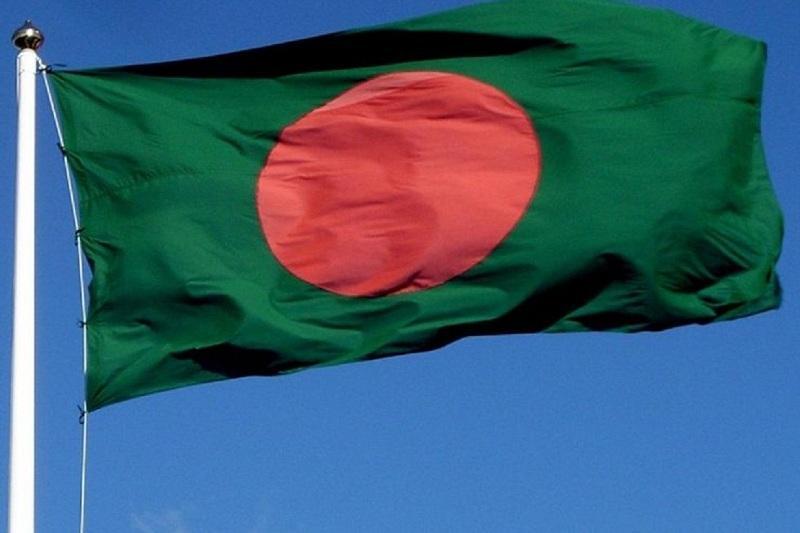 Президент Бангладеш призвал помочь мусульманам Мьянмы
