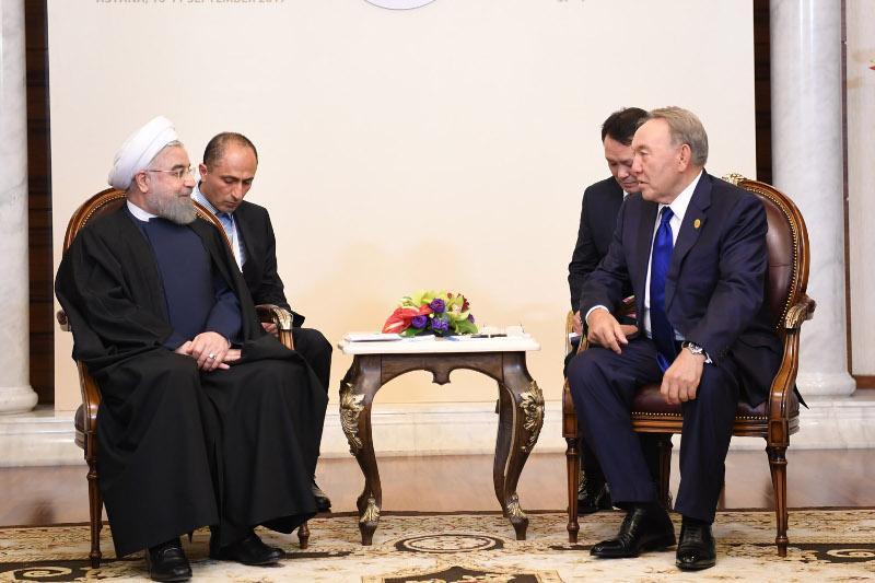 Елбасы ИЫҰ-ның саммитіне қатысқаны үшін Хасан Руханиге алғыс айтты