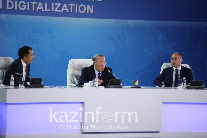 I envy you - Nazarbayev says to ministers