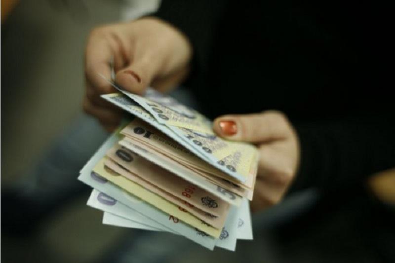Бюджетникам Молдовы увеличат зарплаты