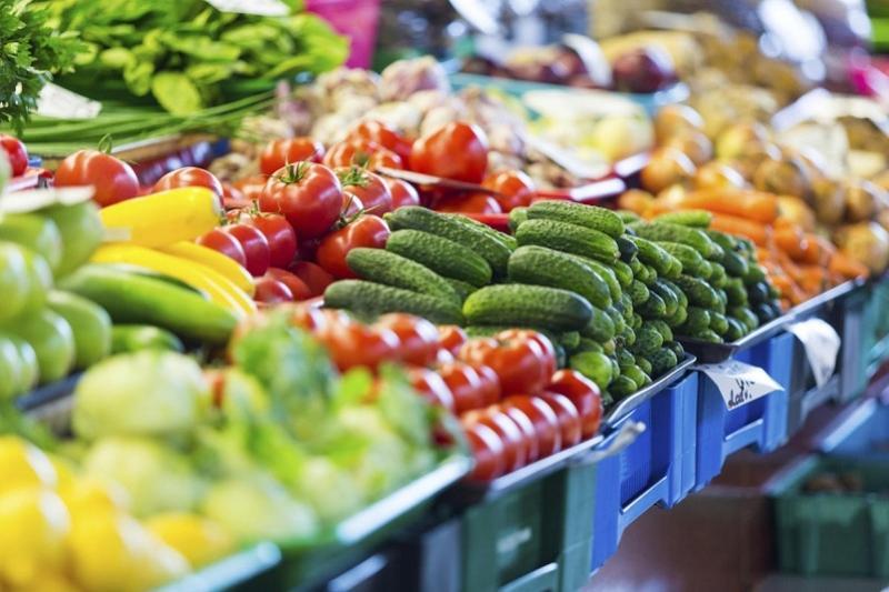 Импортируемые в Казахстан овощи с начала прошлого года подешевели на 25%