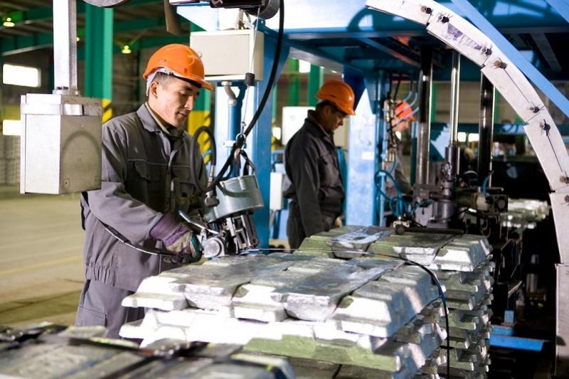 Сдерживающие развитие казахстанской индустрии факторы назвали эксперты