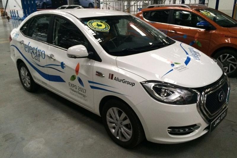 В 2018 году в Казахстане выпустят 300 электромобилей