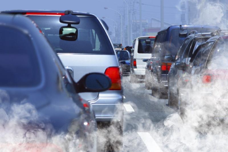 Более 1,8 тысяч «токсичных» автомобилей выявили в Павлодаре