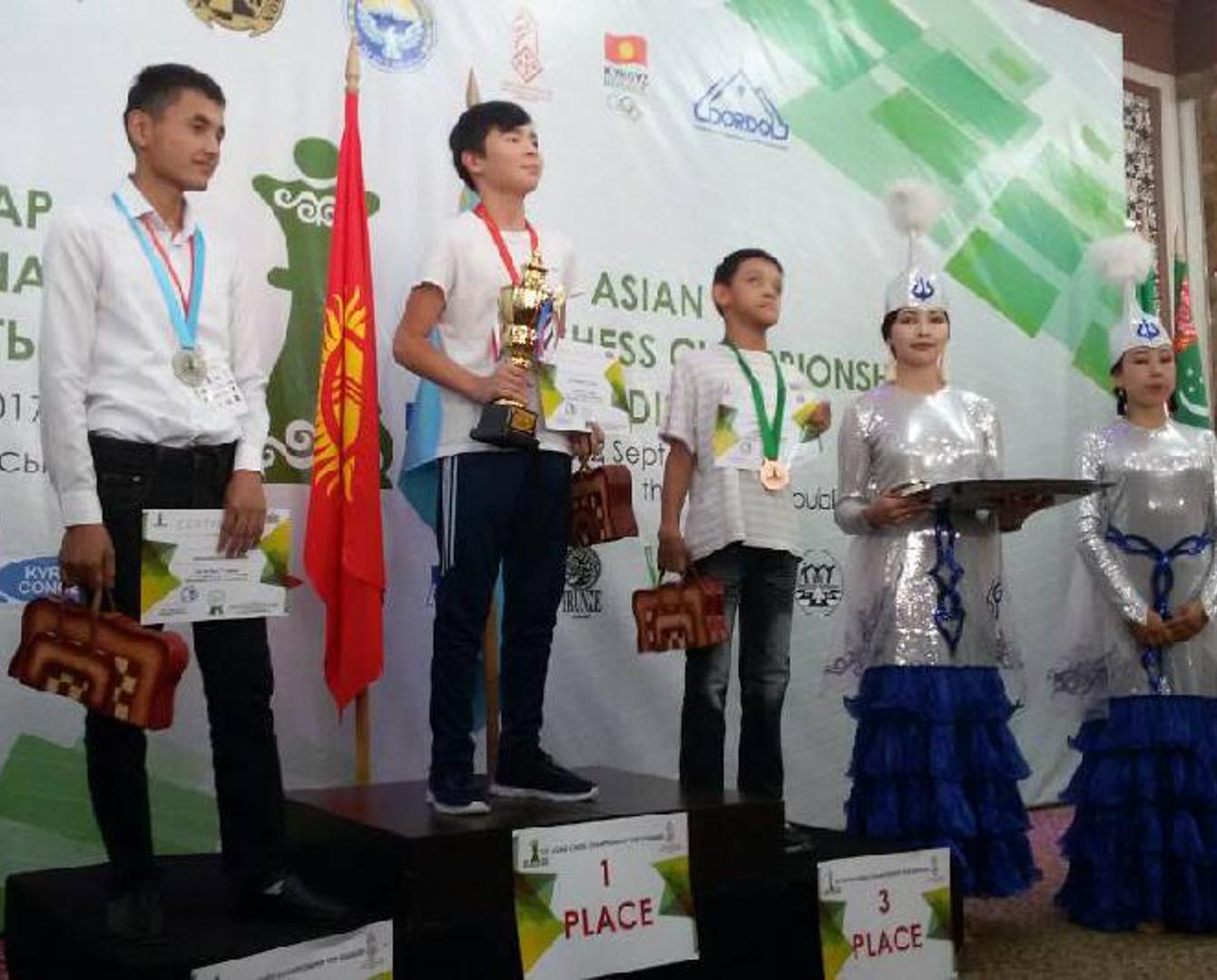 Сұлтан Қожахметов шахматтан мүгедек балалар арасында Азия чемпионы атанды