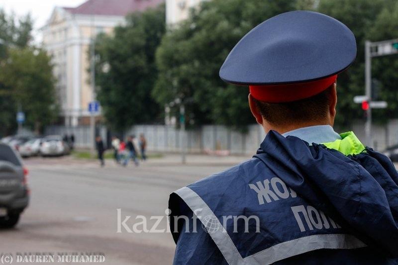 Астана тұрғыны Алматы облысының полициясымен төбелесіп, көлігін соқты