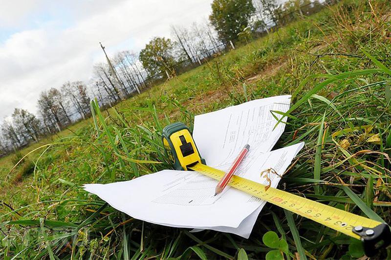Более 30 госслужащих наказаны за нарушения при выдаче земли в Атырауской области
