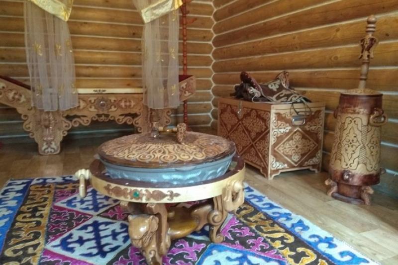 В воссозданной усадьбе XVIII века в Павлодаре открывают центр археологии