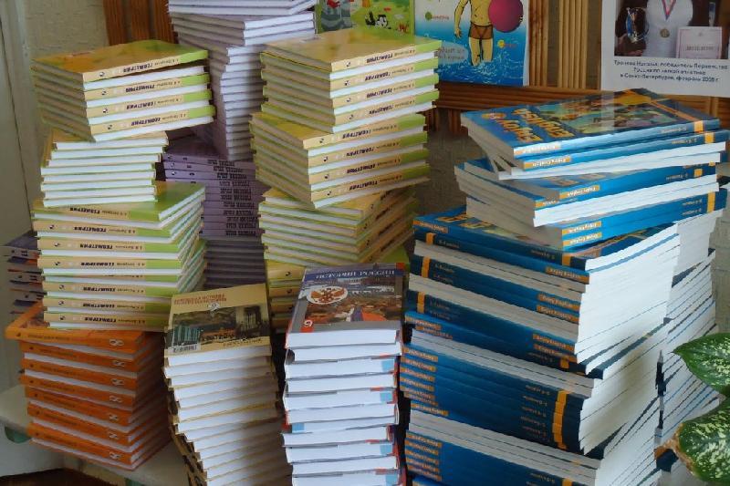 Дефицит школьных учебников полностью снят в Атырауской области