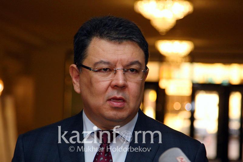 Причину смога в Астане озвучил Канат Бозумбаев