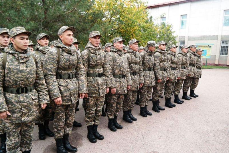Осенний призыв в армию стартовал в Казахстане