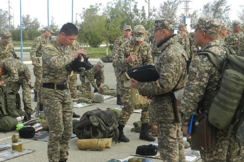 Итоговую боевую проверку проходят военные Атырау