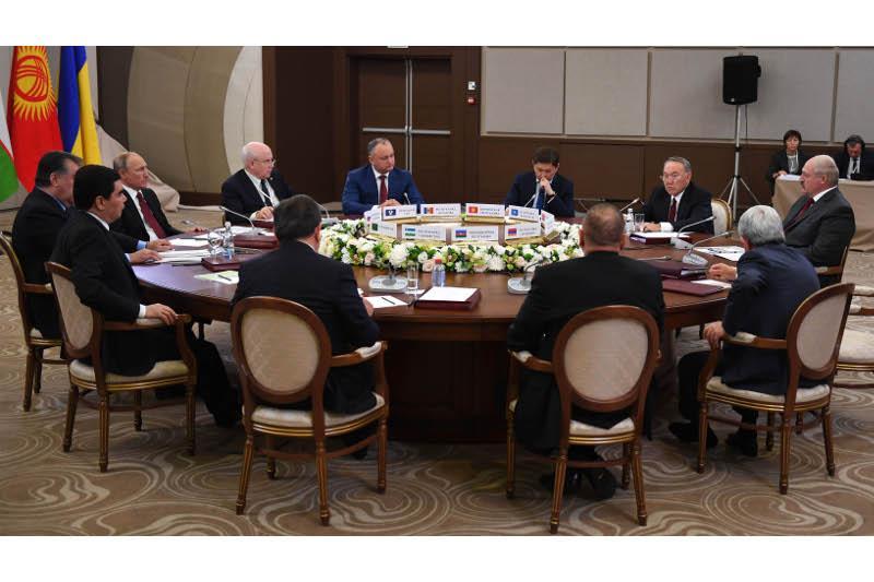 Основной целью саммитов в Сочи было «сверить часы» и обозначить накопившиеся вопросы - эксперт