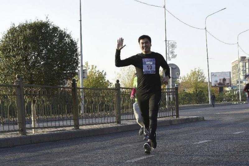 В Шымкенте на пробежку вышли акимы
