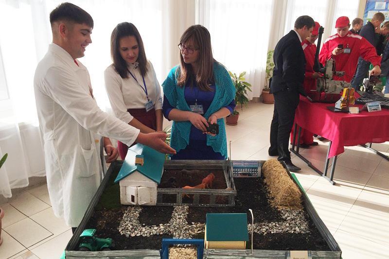 Более 300 делегатов собрал форум сельской молодёжи в Костанайской области