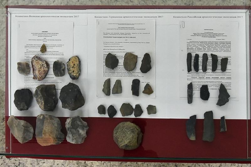 Зарубежные ученые исследуют уникальные памятники Казахстана