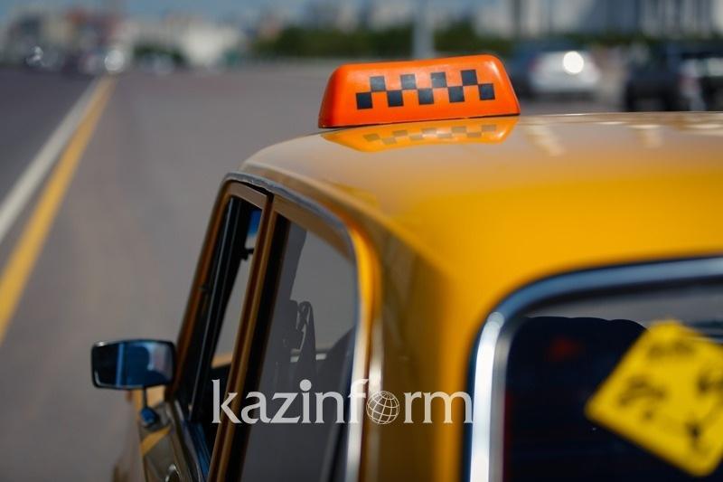 В Ассоциации транспортников Астаны прокомментировали жалобы на таксистов