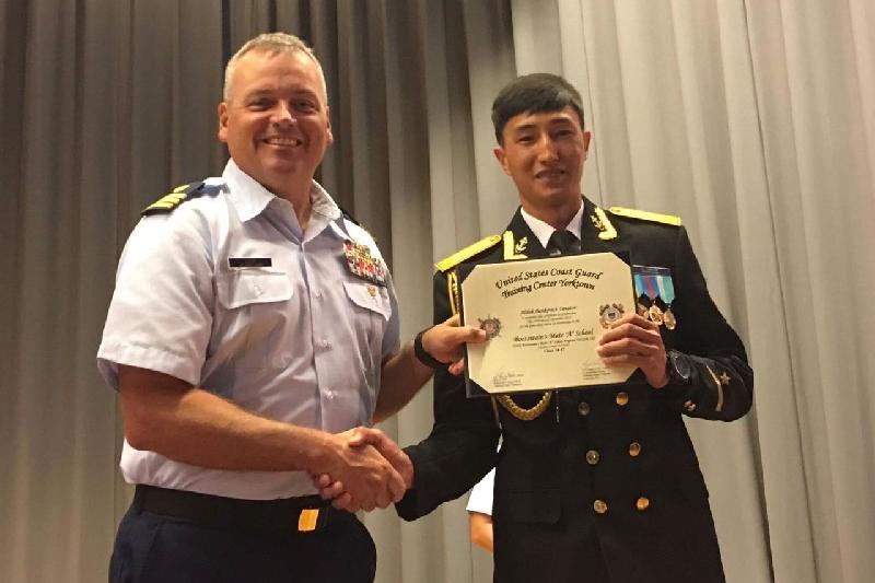 Моряка из Мангистау признали лучшим в учебном центре США