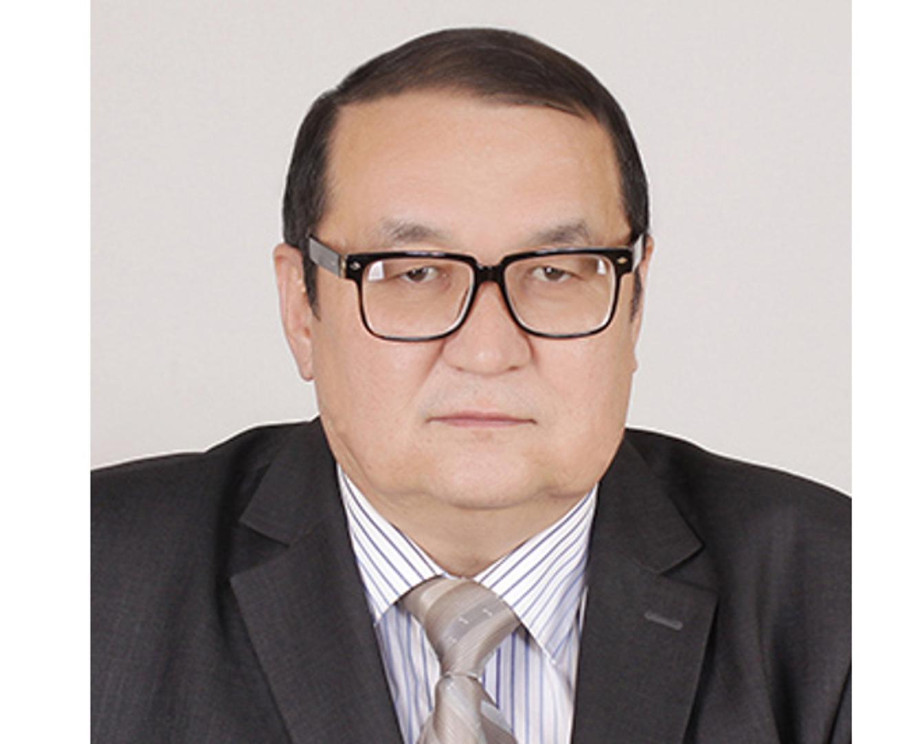 «Qasıetti Qazaqstan» 5 tomdyq entsıklopedııasy daıyndalyp jatyr - Ǵarıfolla Ánes