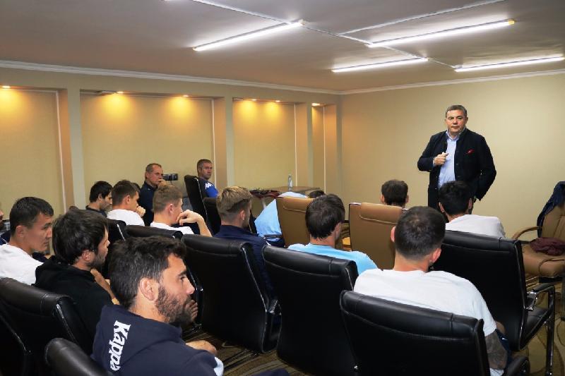 Футболисты «Окжетпес» прошли психотренинг перед игрой с «Астаной»