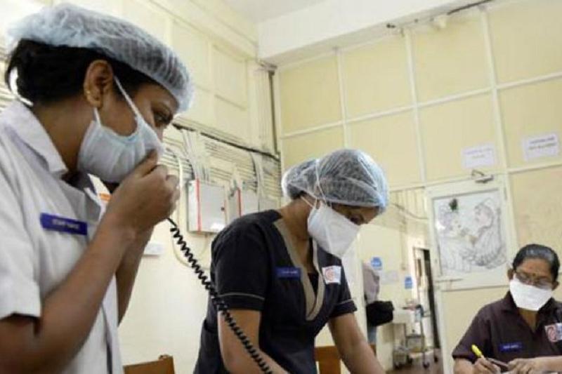 Үндістанда дәрігерлер науқастың асқазанынан 600 шеге алды